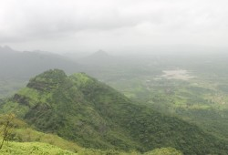 Romancing The Clouds - Vikatgad Or Peb Fort